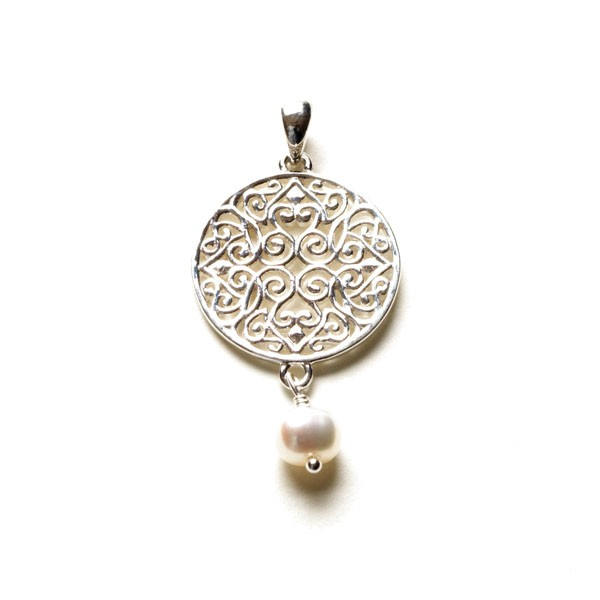 Southern Gates Handmade Sterling Silver & Pearl Pendant