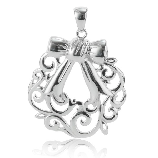 Southern Gates® Holiday Wreath Pendant (P888)