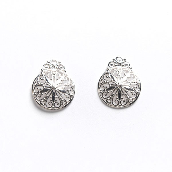 Southern Gates Lace Post Earrings