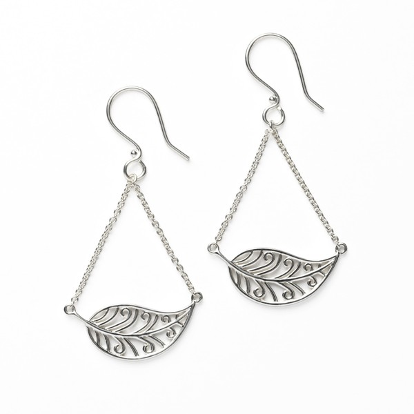 Southern Gates Horizontal Leaf Earring (E560)