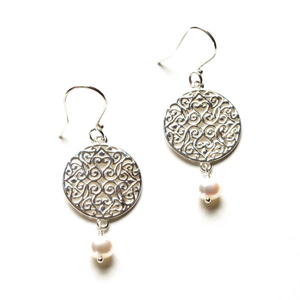 Southern Gates Handmade Sterling Silver & Pearl Earring